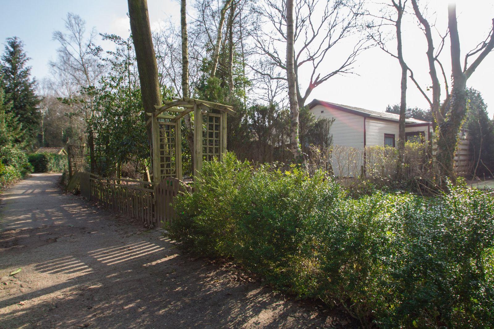 Bos en Duin 21, Steenbergen