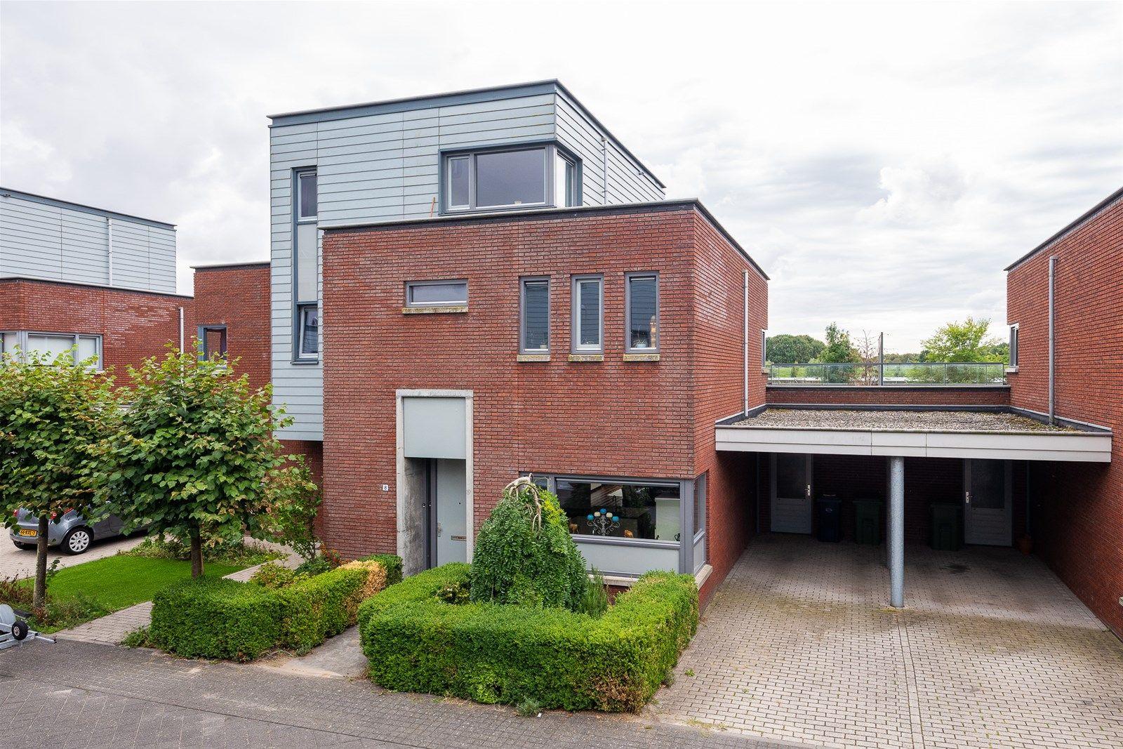 Plecht 8, Almere