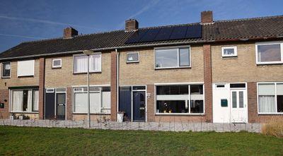 Van Der Duyn Van Maasdamstraat 22, Elst