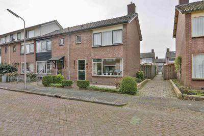 Etstoelstraat 14, Hoogeveen