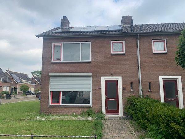 Nichtenhofstraat 20, Nieuwaal