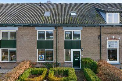 Hoofdweg 172, Loenen