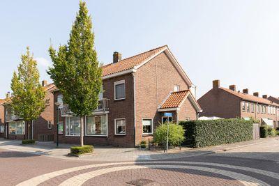 Troelstrastraat 62, Hardinxveld-Giessendam