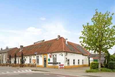 Sint Cornelisplein 2, Gastel