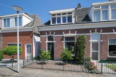 Ter Bruggehof 10, Almelo