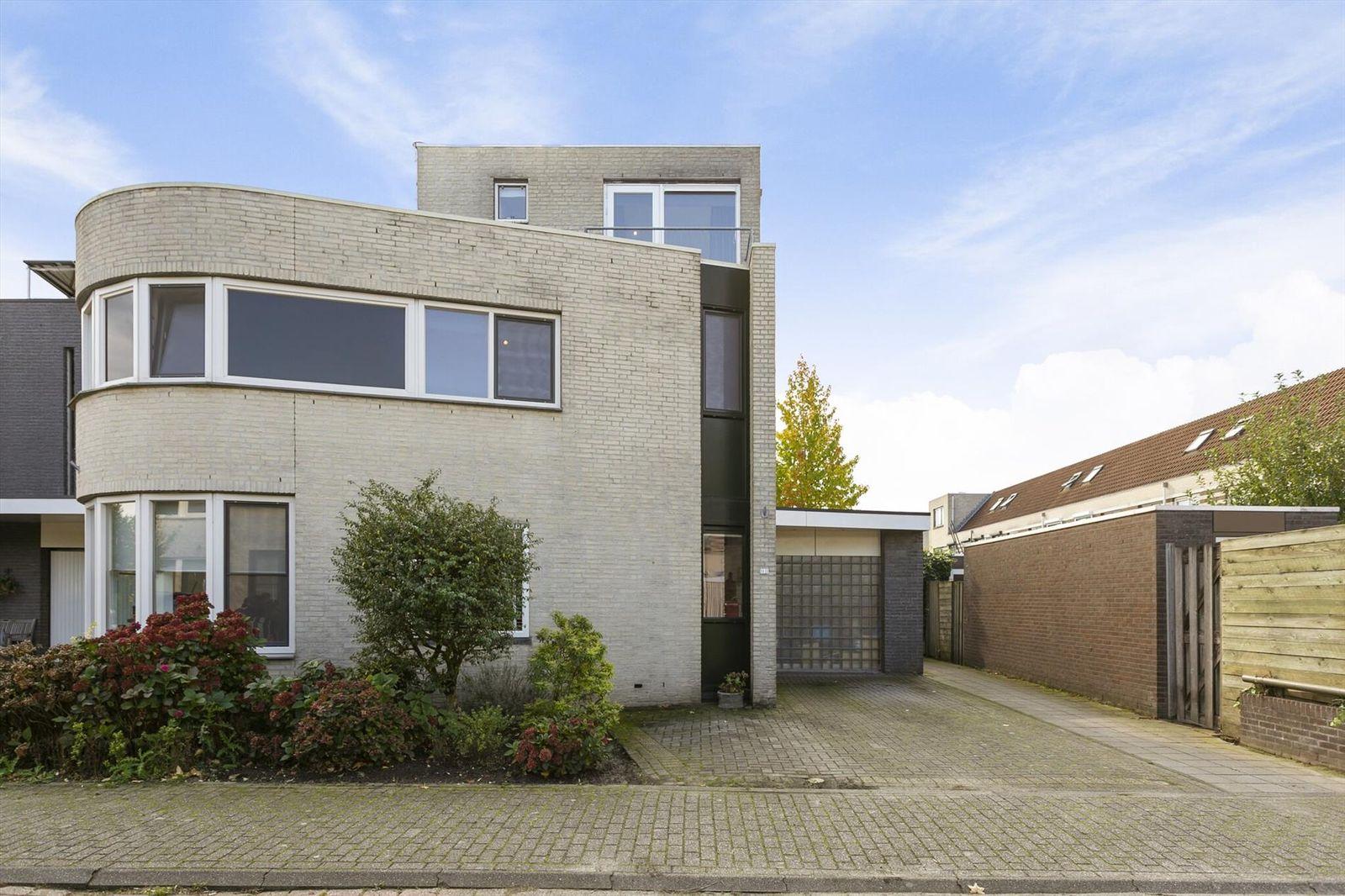 Rijkevoortstraat 12, Tilburg