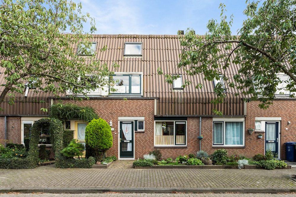Overgouw 78, Almere