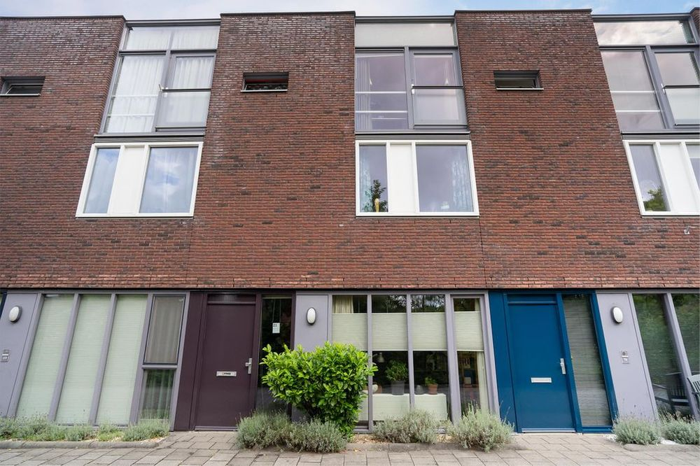 Marga Klompestraat 21, 's-gravenhage