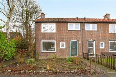 Johannis Bogaardstraat 18, Nieuw-Vennep
