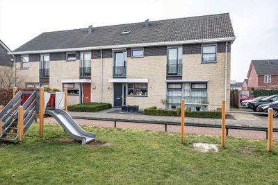 Hoogland 11, Vriezenveen