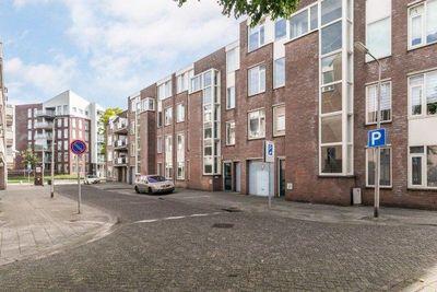Meijer van Leeuwenstraat, Oss