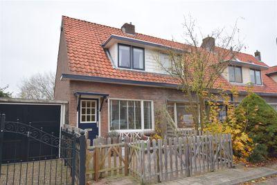 M A de Ruyterstraat 27, Meppel