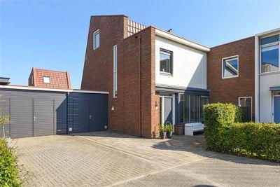 Zonnewende 230, Apeldoorn