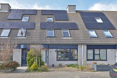 Stuttebos 10, Hoofddorp