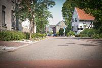 Dorpsstraat, Cadier en Keer