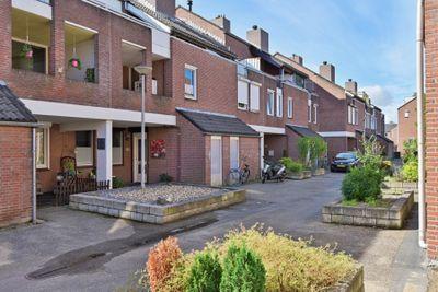 Vergiliushof 35A, Maastricht