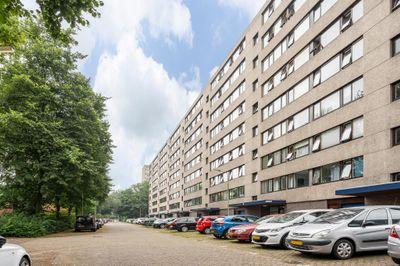 Roland Holstlaan 1018, Delft
