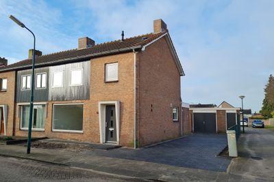 Titulaerlaan 37, Prinsenbeek