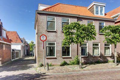 Pompsteeg 12, Hoorn
