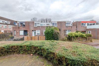 Middenhof 310, Almere