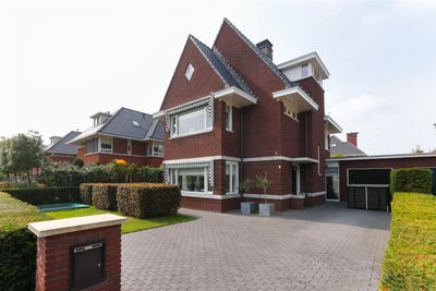 Romanovhof 2, Dordrecht