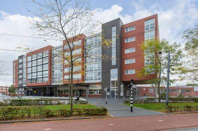 Middeldijkerplein 69, Barendrecht