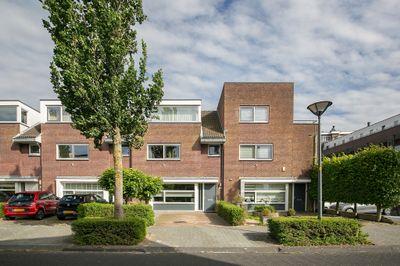 Westhove 70, Hoofddorp