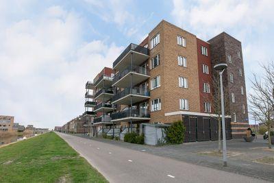 Mitrastraat 118, Almere