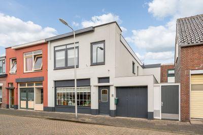 Nieuwstraat 1, Poeldijk