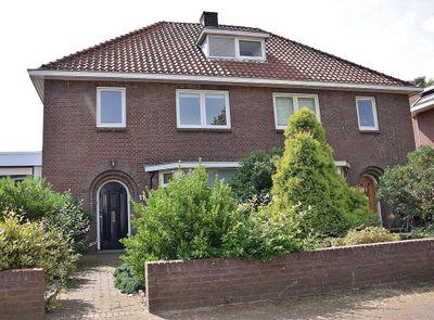 Dorpsstraat 11, Bemmel