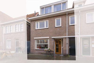Jan van der Leestraat 6, Tilburg