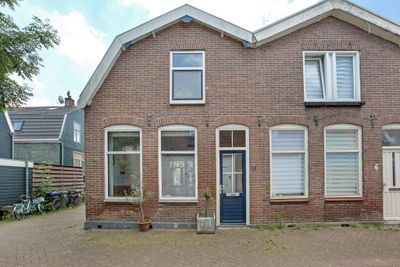 Ganzenwerfdwarsstraat 6, Zaandam
