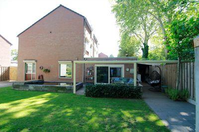 Anemoonhof 37, Weert