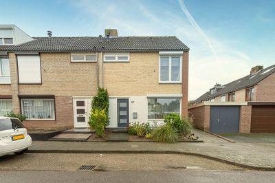 Galopiahof 45, Maastricht
