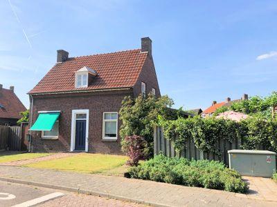 Pastoor Verheggenstraat 6, Blitterswijck