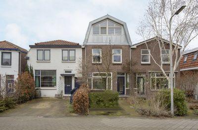 Wethouder Venteweg 27, Gouda