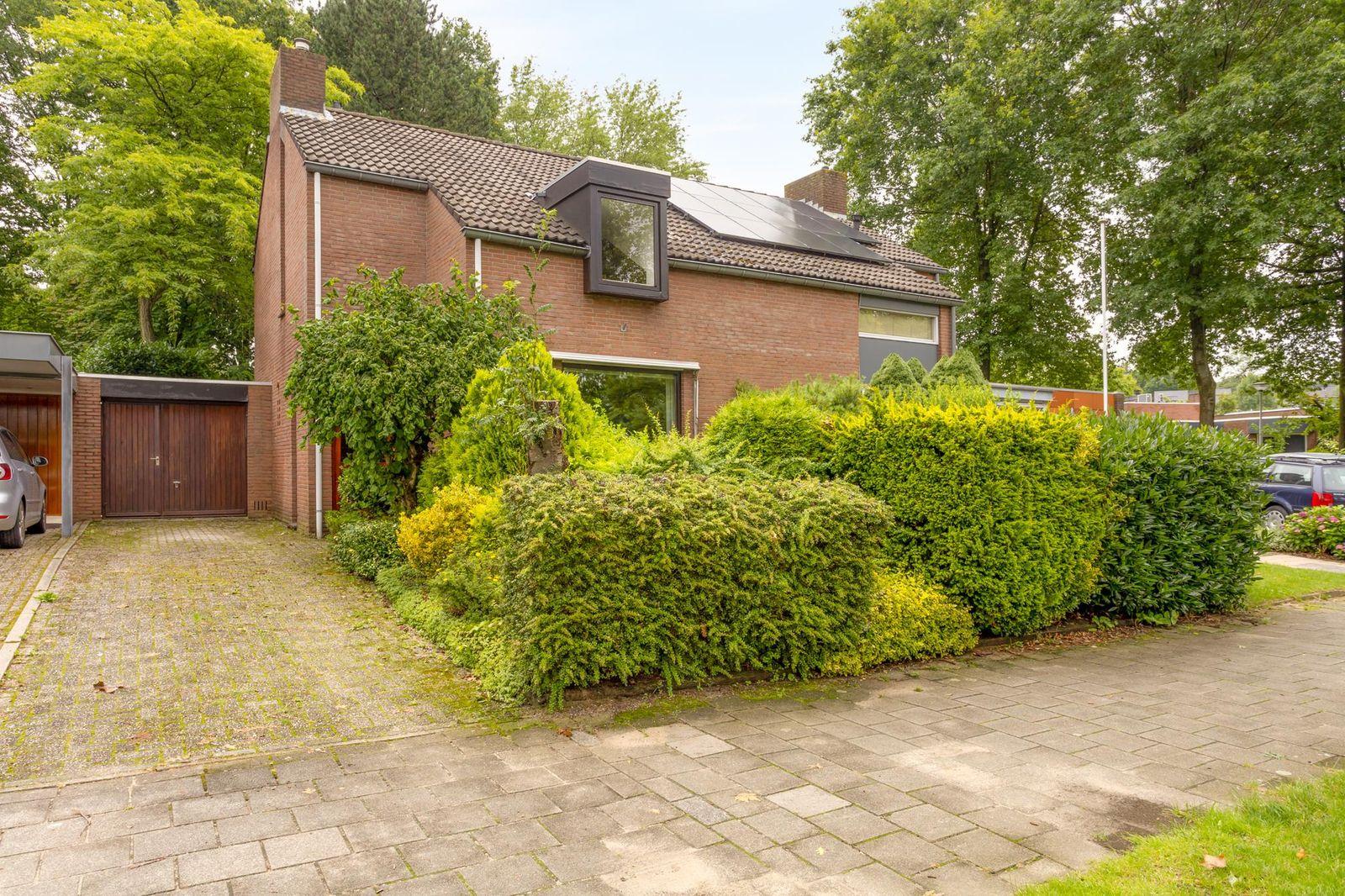 Van Weerden Poelmanstraat 193, Heerlen