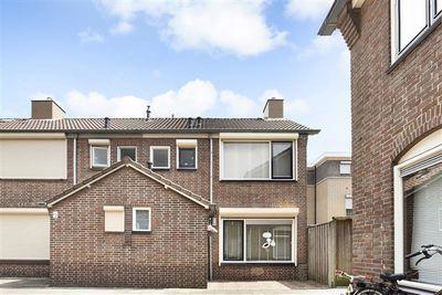 Christinahof 15, Tilburg