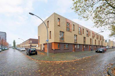 Adriaan Pauwstraat 131, Vlaardingen