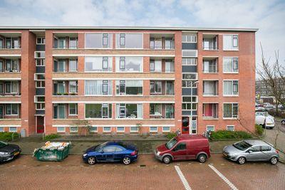 Eekhoornrade 96, Den Haag