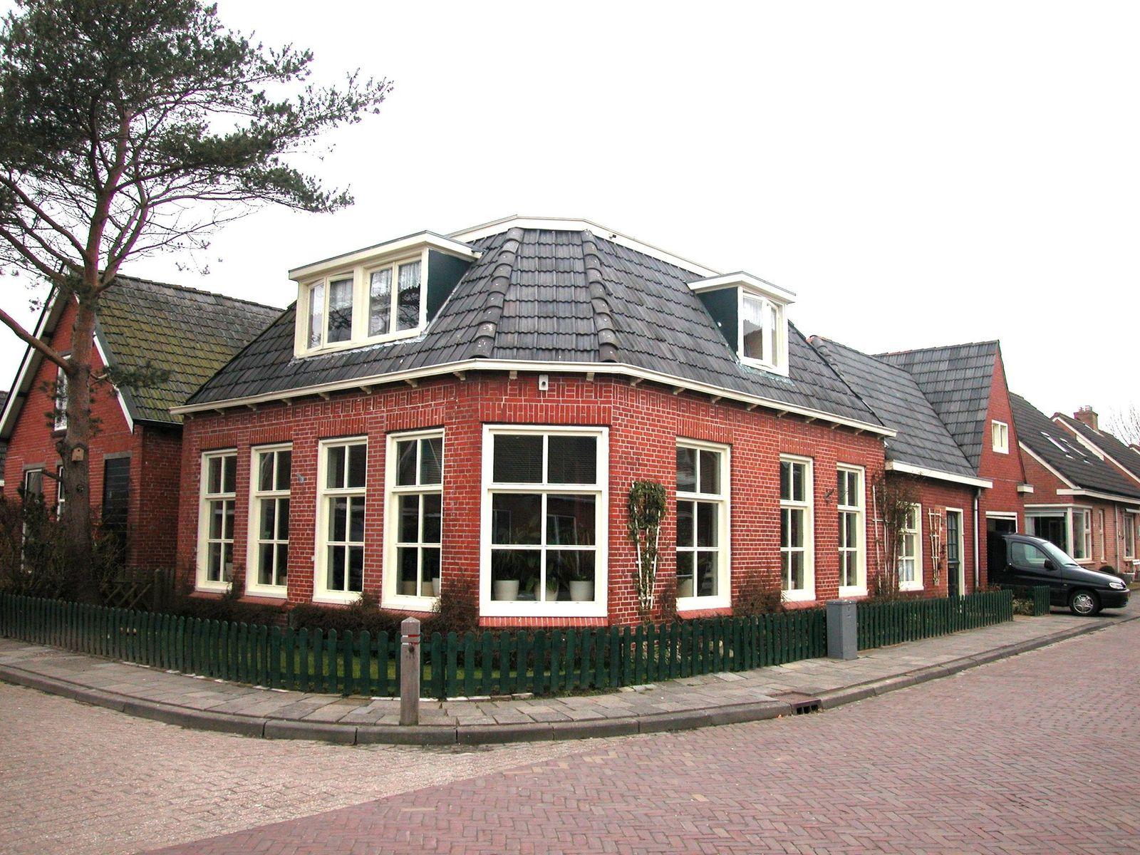 Riedhusstrjitte 12, Ternaard