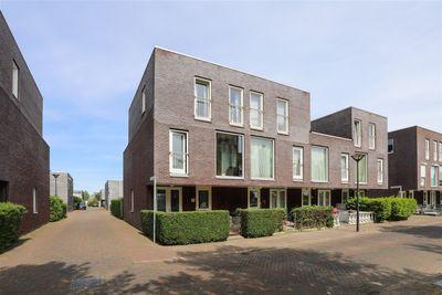 De Muy 35, Hoofddorp
