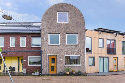 James Cookroute 136, Almere