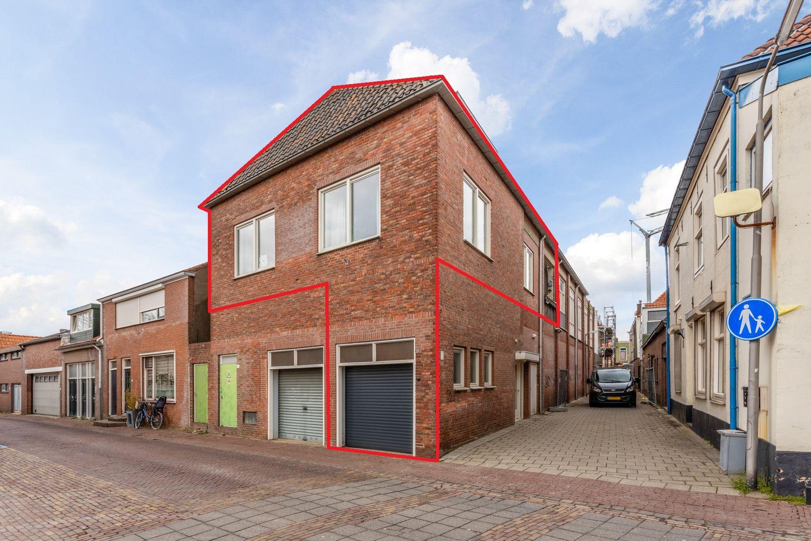 Klaverstraat 1, Steenbergen