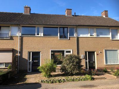 Dr. Willemsstraat 19, Maren-kessel