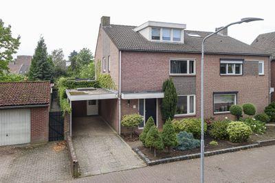 Pastoor Ruttenweg 7, Venlo
