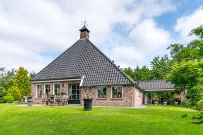 Oosteinde 10, Westerbork