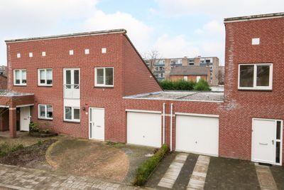Honingklaver 52, Venlo