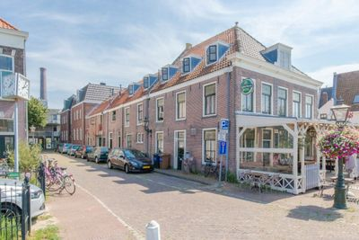 Vestwal, Leiden