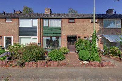 Bothastraat 18, Vaassen